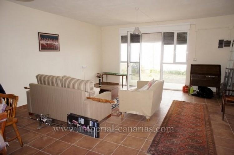 4 Bed  Villa/House for Sale, Santa Ursula, Tenerife - IC-VCH10206 14