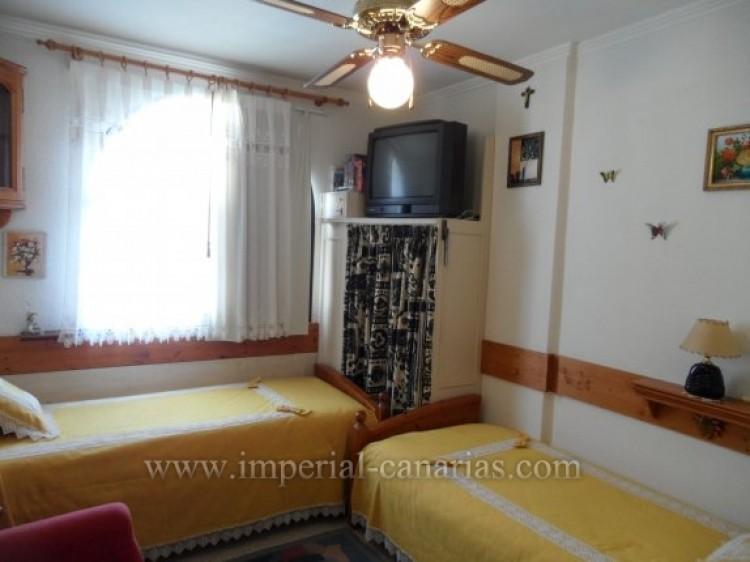 2 Bed  Flat / Apartment for Sale, Puerto de la Cruz, Tenerife - IC-VAP10200 10