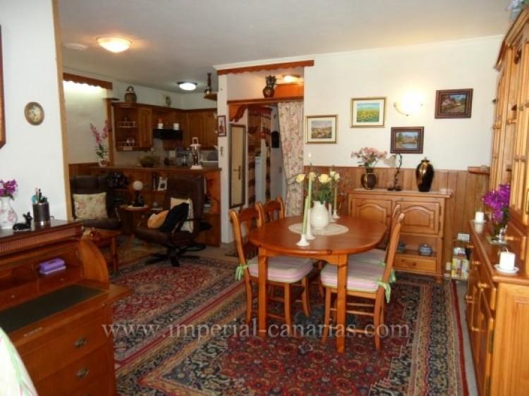 2 Bed  Flat / Apartment for Sale, Puerto de la Cruz, Tenerife - IC-VAP10200 6