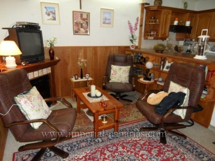 2 Bed  Flat / Apartment for Sale, Puerto de la Cruz, Tenerife - IC-VAP10200 8