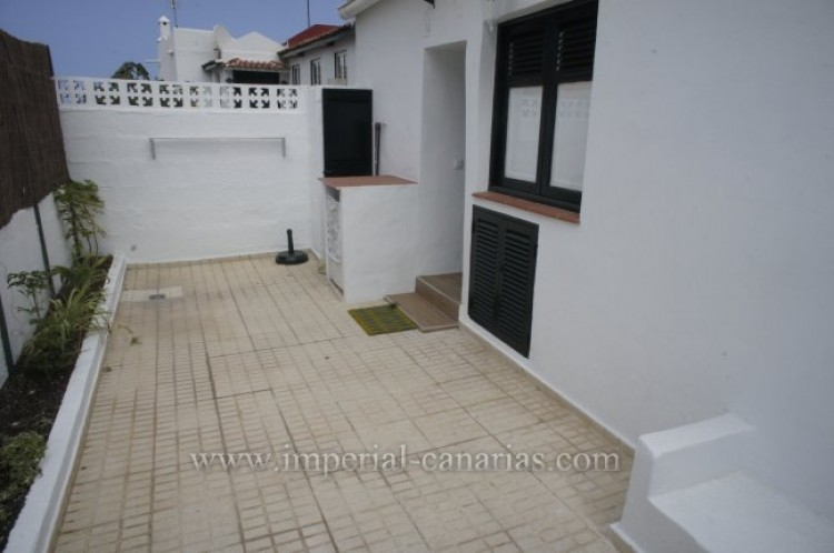 1 Bed  Villa/House to Rent, Puerto de la Cruz, Tenerife - IC-ACH10164 2