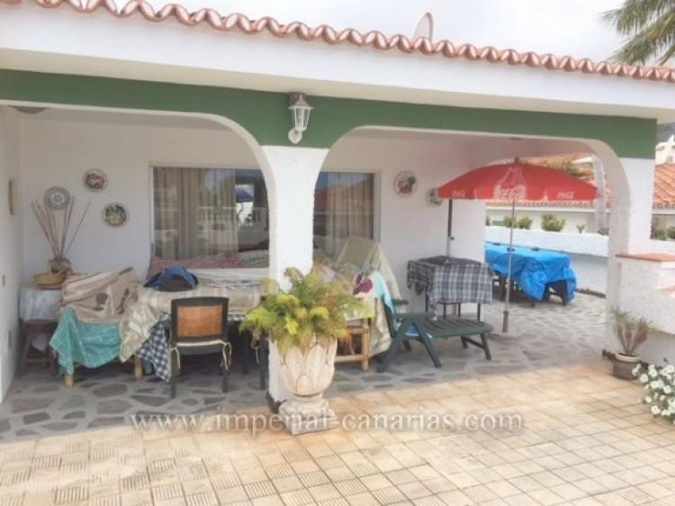 3 Bed  Villa/House for Sale, Los Realejos, Tenerife - IC-VCH10154 1