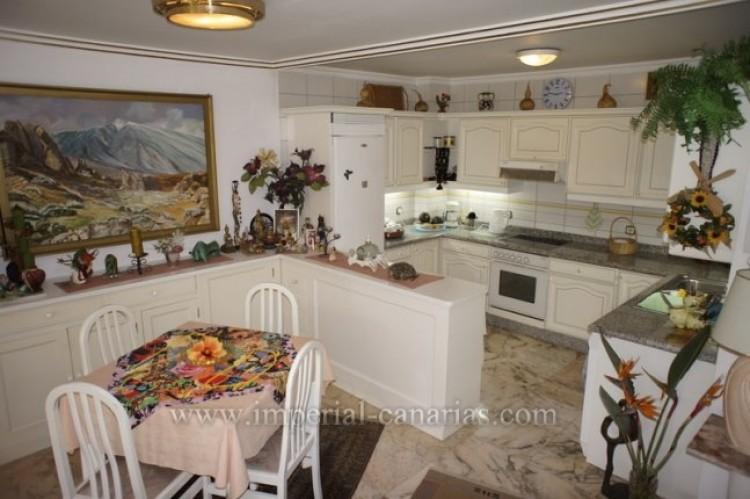 1 Bed  Flat / Apartment for Sale, Puerto de la Cruz, Tenerife - IC-VAP10139 3