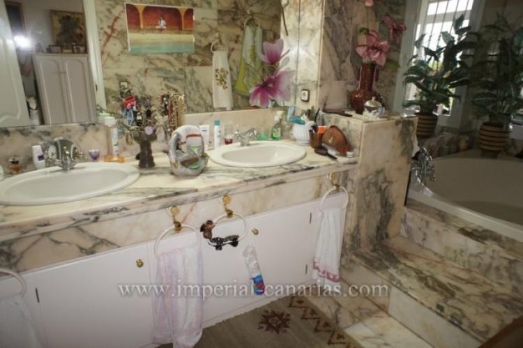 1 Bed  Flat / Apartment for Sale, Puerto de la Cruz, Tenerife - IC-VAP10139 9