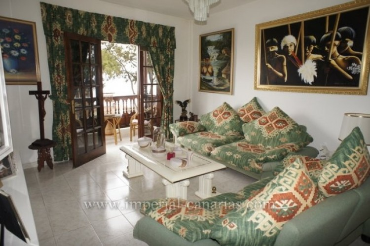 3 Bed  Flat / Apartment for Sale, Santa Ursula, Tenerife - IC-VPI10127 1