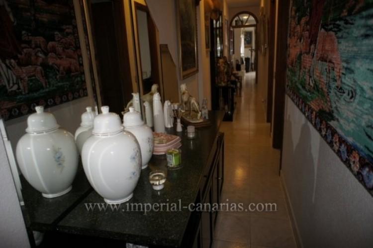 3 Bed  Flat / Apartment for Sale, Santa Ursula, Tenerife - IC-VPI10127 12