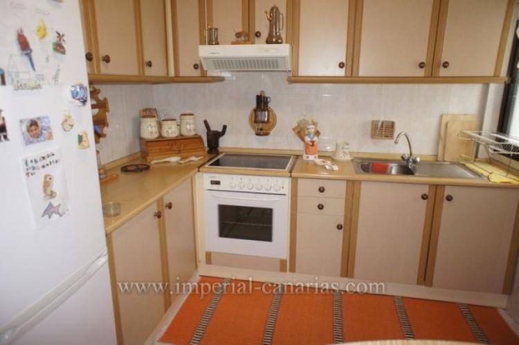 3 Bed  Flat / Apartment for Sale, Santa Ursula, Tenerife - IC-VPI10127 5