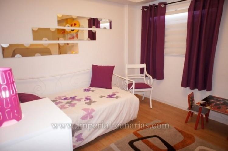 2 Bed  Flat / Apartment for Sale, Puerto de la Cruz, Tenerife - IC-VPI10079 6