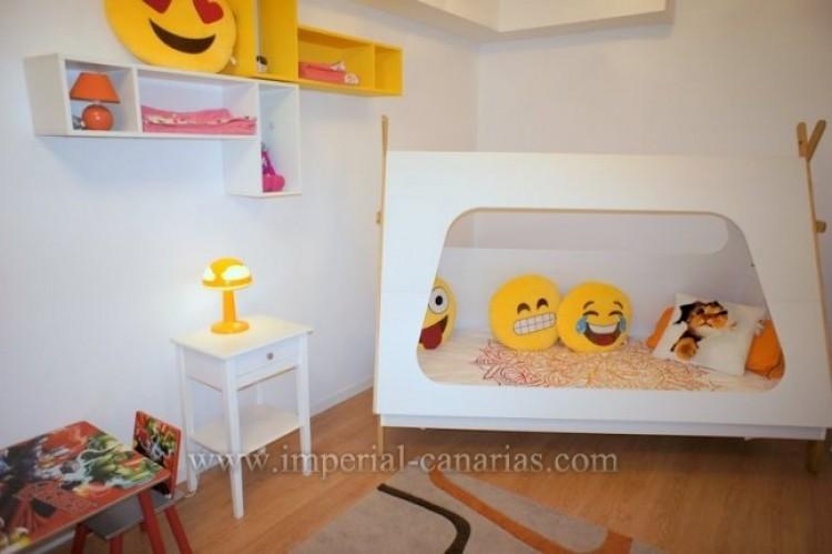 2 Bed  Flat / Apartment for Sale, Puerto de la Cruz, Tenerife - IC-VPI10079 7