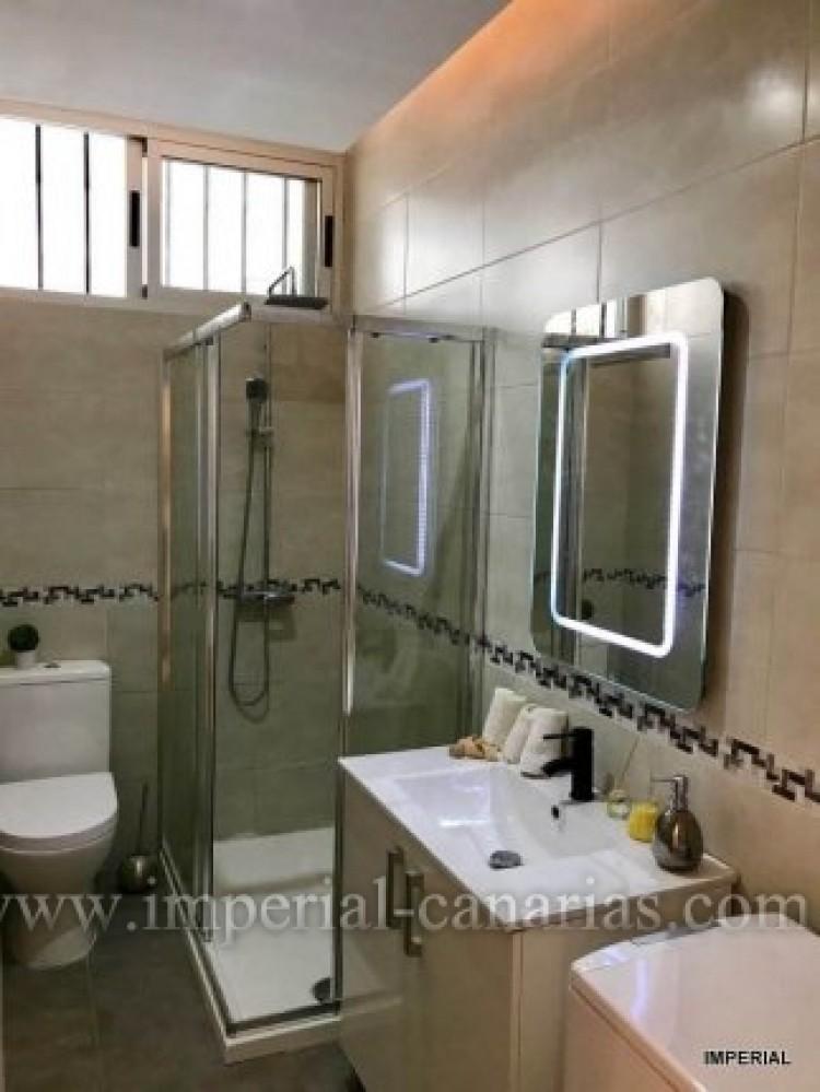 2 Bed  Flat / Apartment for Sale, Puerto de la Cruz, Tenerife - IC-VAP10062 7