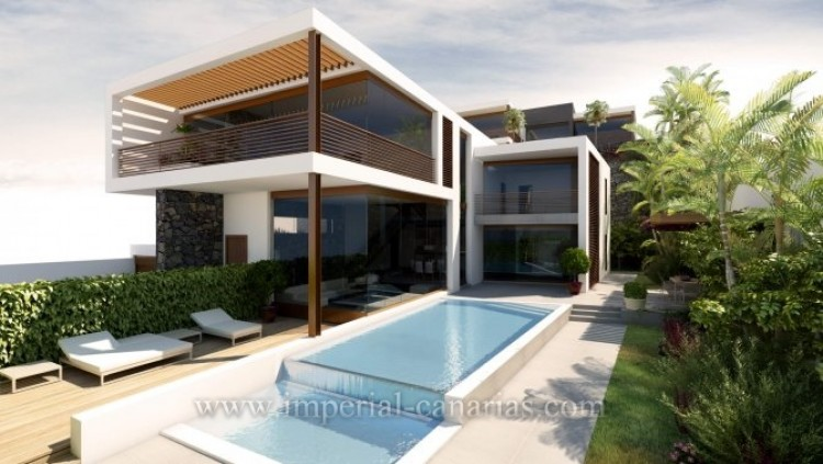 3 Bed  Villa/House for Sale, Tacoronte, Tenerife - IC-VCH9999 1