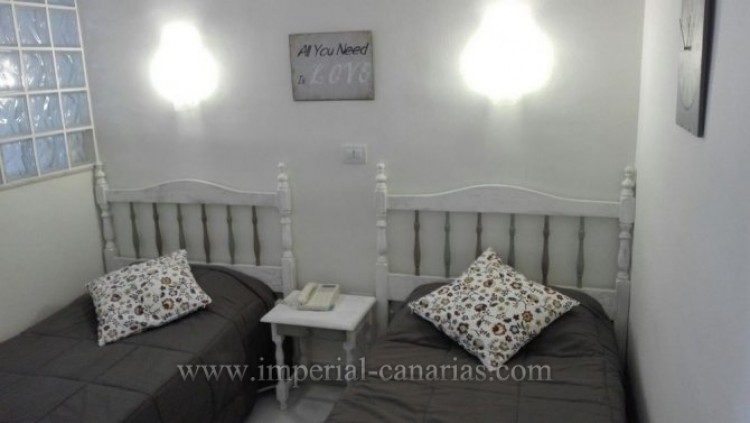 Flat / Apartment to Rent, Puerto de la Cruz, Tenerife - IC-AES9992 5