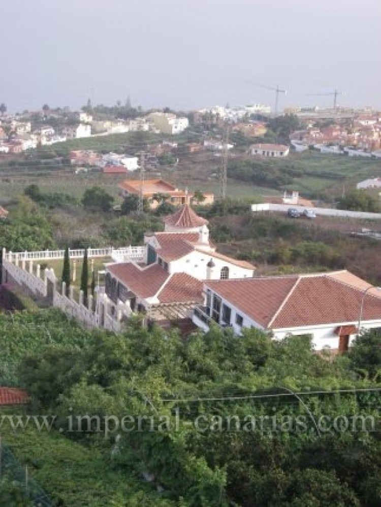 4 Bed  Villa/House for Sale, Santa Ursula, Tenerife - IC-VAD9921 2