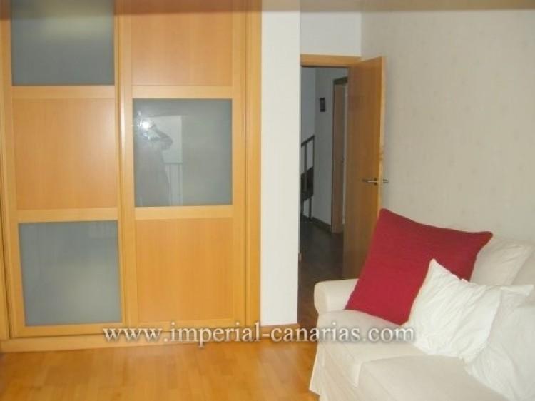4 Bed  Villa/House for Sale, Santa Ursula, Tenerife - IC-VAD9921 7