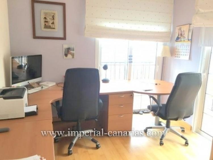 4 Bed  Villa/House for Sale, Santa Ursula, Tenerife - IC-VAD9921 9