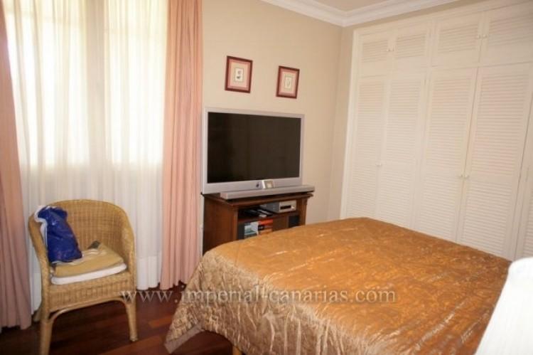 5 Bed  Villa/House for Sale, La Orotava, Tenerife - IC-VCH9897 5