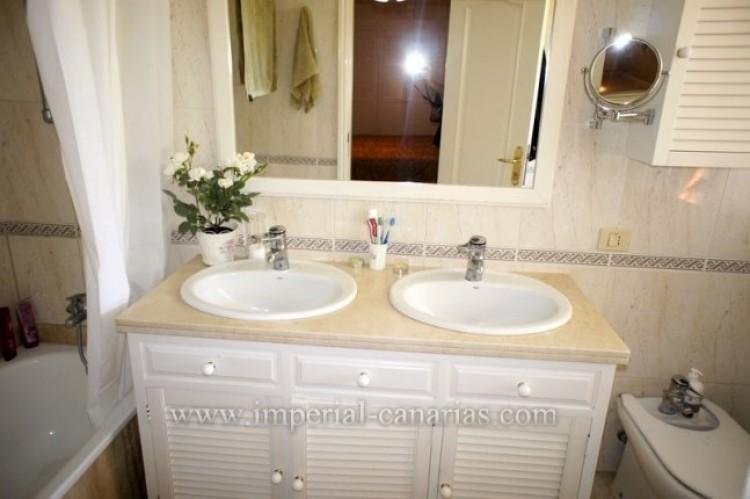 5 Bed  Villa/House for Sale, La Orotava, Tenerife - IC-VCH9897 6