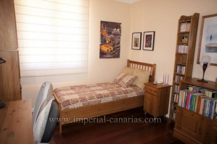 5 Bed  Villa/House for Sale, La Orotava, Tenerife - IC-VCH9897 7