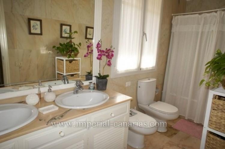 5 Bed  Villa/House for Sale, La Orotava, Tenerife - IC-VCH9897 9
