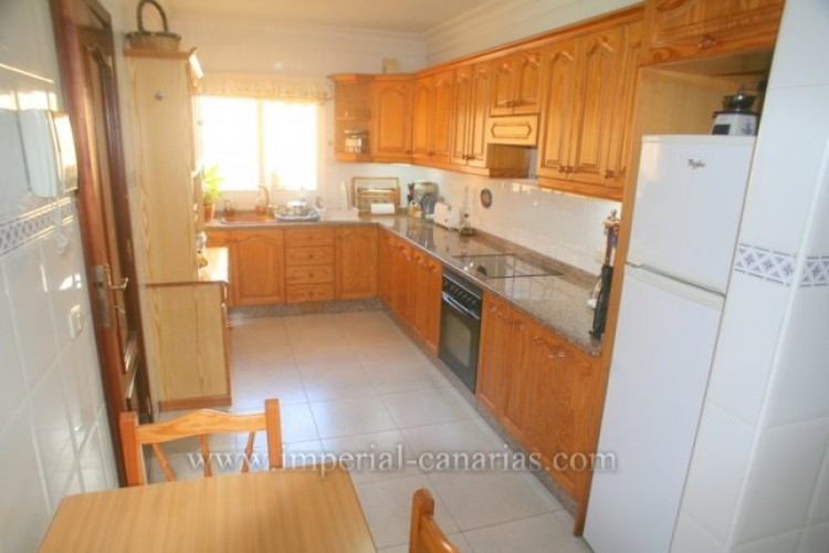 3 Bed  Flat / Apartment for Sale, Los Realejos, Tenerife - IC-VPI9882 7