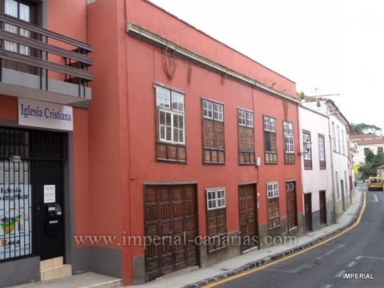 Villa/House for Sale, La Orotava, Tenerife - IC-VCH9859 1