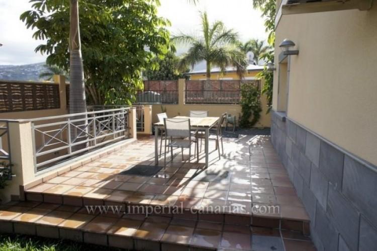 4 Bed  Villa/House for Sale, Puerto de la Cruz, Tenerife - IC-VAD9851 1