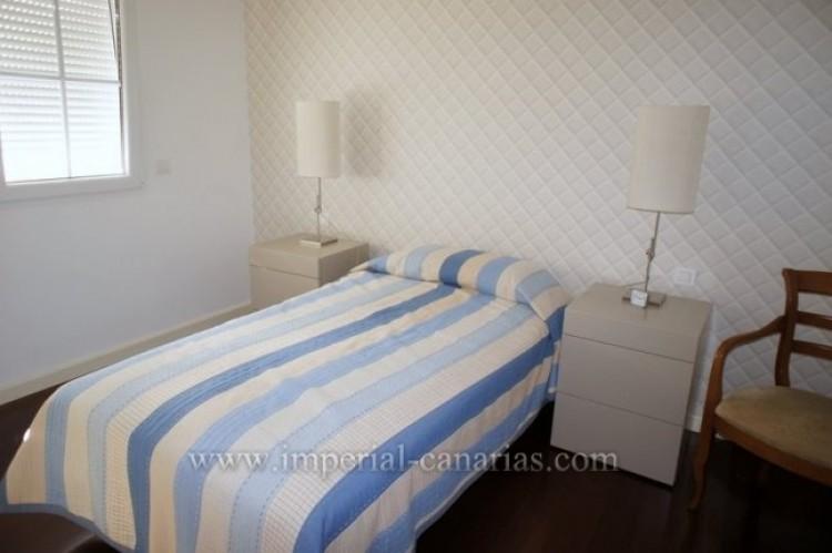 4 Bed  Villa/House for Sale, Puerto de la Cruz, Tenerife - IC-VAD9851 6