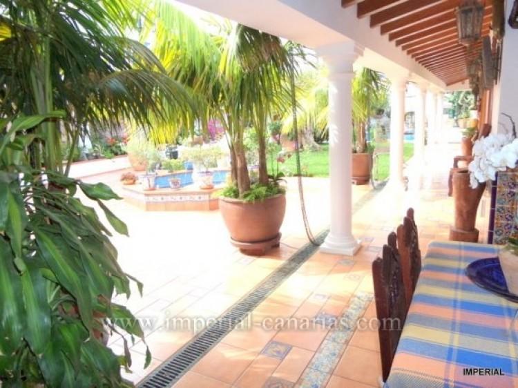 5 Bed  Villa/House for Sale, Santa Ursula, Tenerife - IC-VCH9782 10