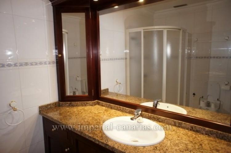 1 Bed  Flat / Apartment for Sale, Puerto de la Cruz, Tenerife - IC-VAP9764 6