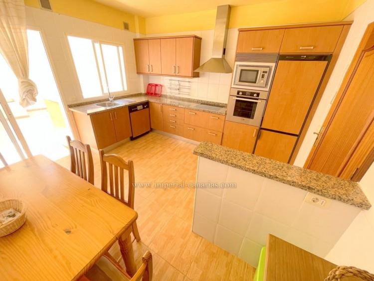 1 Bed  Flat / Apartment for Sale, Puerto de la Cruz, Tenerife - IC-VAP9753 5