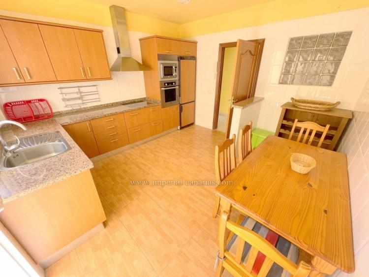 1 Bed  Flat / Apartment for Sale, Puerto de la Cruz, Tenerife - IC-VAP9753 6