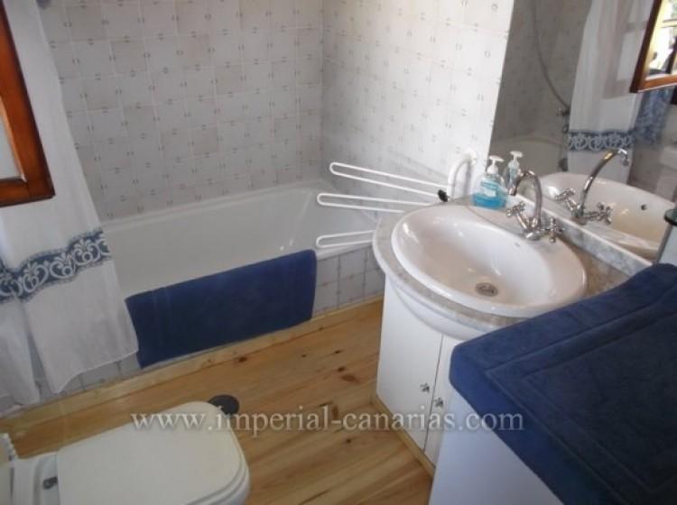 Flat / Apartment to Rent, Puerto de la Cruz, Tenerife - IC-AES9650 4