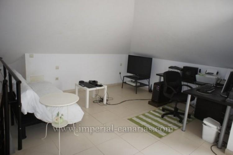 2 Bed  Villa/House for Sale, Puerto de la Cruz, Tenerife - IC-VPI9640 10