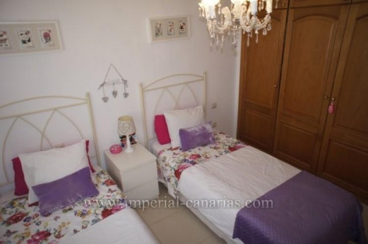 2 Bed  Villa/House for Sale, Puerto de la Cruz, Tenerife - IC-VPI9640 7