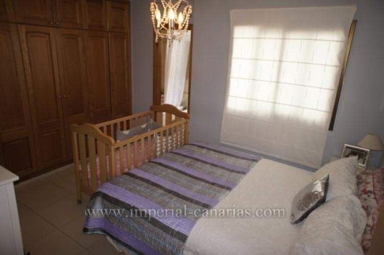 2 Bed  Villa/House for Sale, Puerto de la Cruz, Tenerife - IC-VPI9640 8