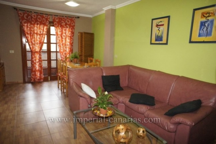 3 Bed  Flat / Apartment for Sale, Los Realejos, Tenerife - IC-VPI9533 1