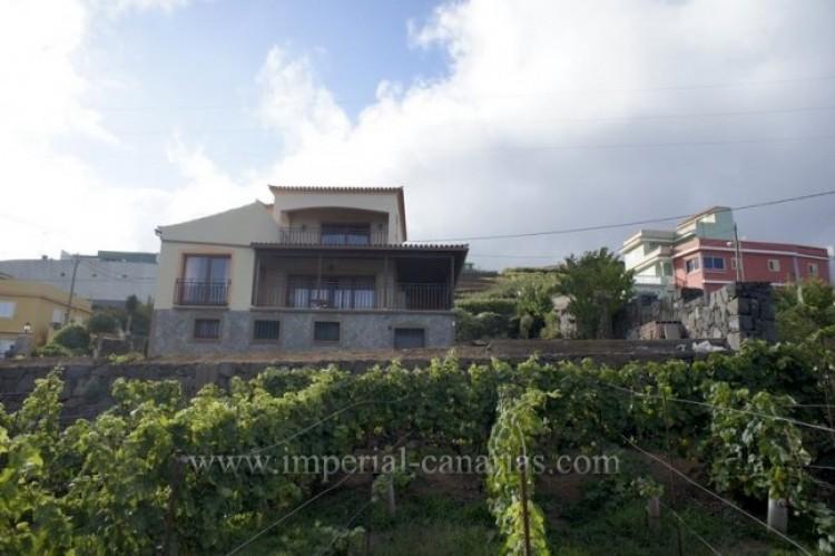 4 Bed  Villa/House to Rent, El Sauzal, Tenerife - IC-ACH9519 18