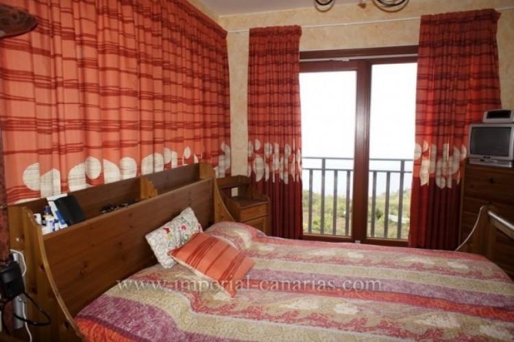 4 Bed  Villa/House to Rent, El Sauzal, Tenerife - IC-ACH9519 4