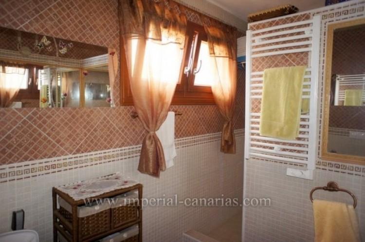 4 Bed  Villa/House to Rent, El Sauzal, Tenerife - IC-ACH9519 5
