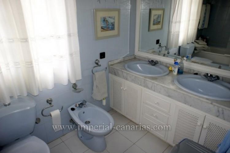 5 Bed  Villa/House for Sale, Puerto de la Cruz, Tenerife - IC-VCH9501 13