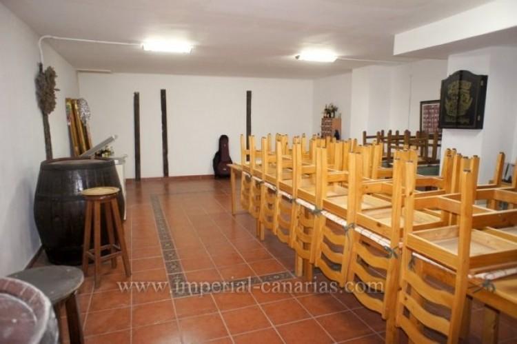 5 Bed  Villa/House for Sale, Puerto de la Cruz, Tenerife - IC-VCH9501 14