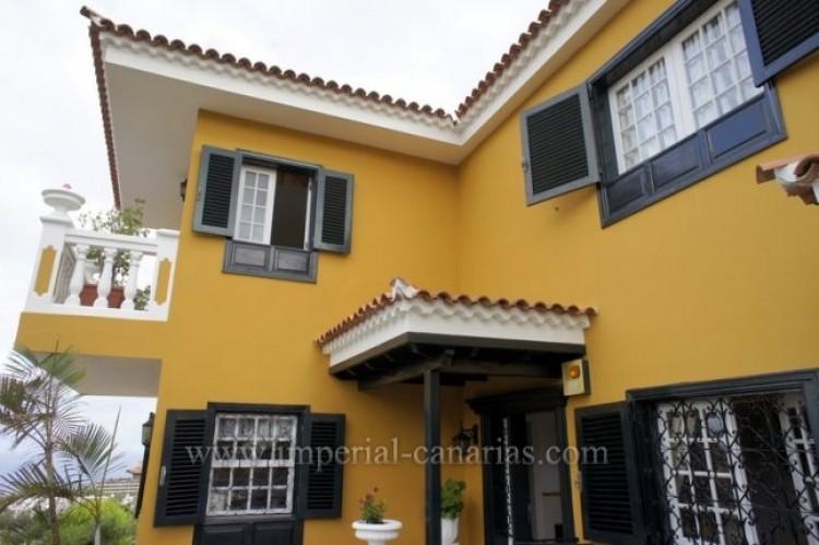 5 Bed  Villa/House for Sale, Puerto de la Cruz, Tenerife - IC-VCH9501 16