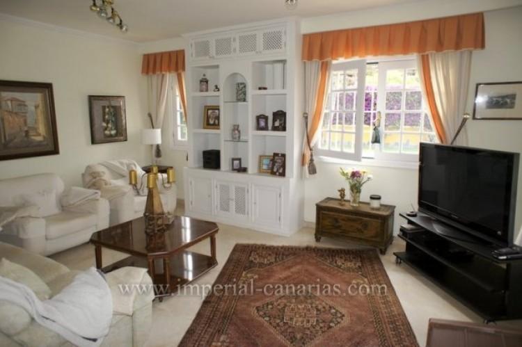 5 Bed  Villa/House for Sale, Puerto de la Cruz, Tenerife - IC-VCH9501 3