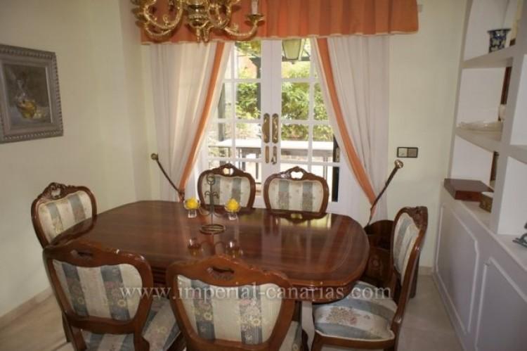 5 Bed  Villa/House for Sale, Puerto de la Cruz, Tenerife - IC-VCH9501 4