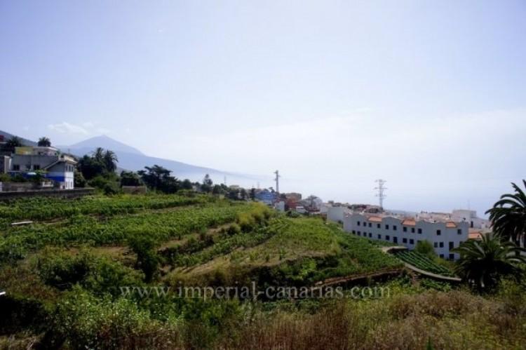 4 Bed  Villa/House for Sale, La Victoria, Tenerife - IC-VCH9487 1