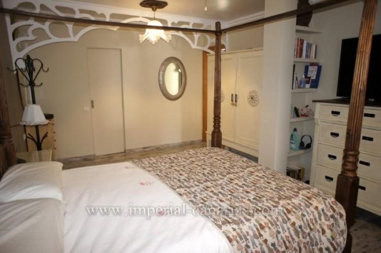 4 Bed  Villa/House for Sale, La Victoria, Tenerife - IC-VCH9487 10