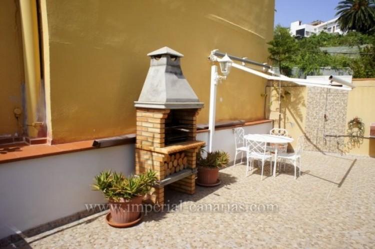 4 Bed  Villa/House for Sale, La Victoria, Tenerife - IC-VCH9487 16