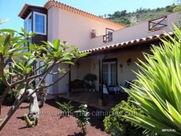 3 Bed  Villa/House for Sale, El Sauzal, Tenerife - IC-VCH9482