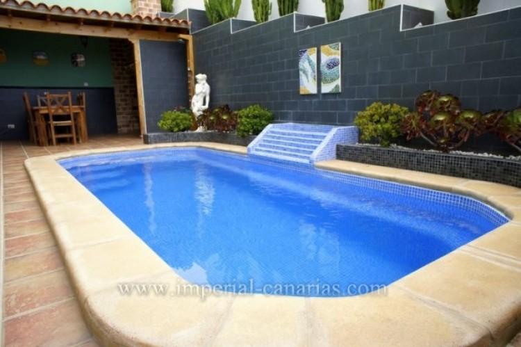 4 Bed  Villa/House for Sale, La Orotava, Tenerife - IC-VAD9449 13