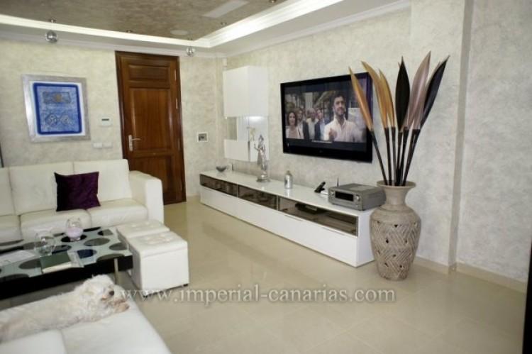 4 Bed  Villa/House for Sale, La Orotava, Tenerife - IC-VAD9449 2